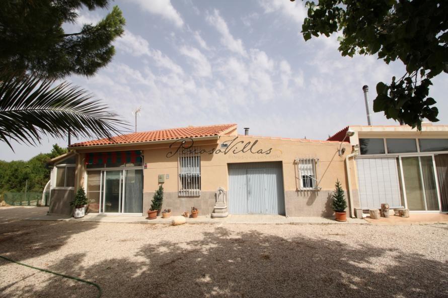 Solar Villa Pool & Jacuzzi, Monovar, Alicante