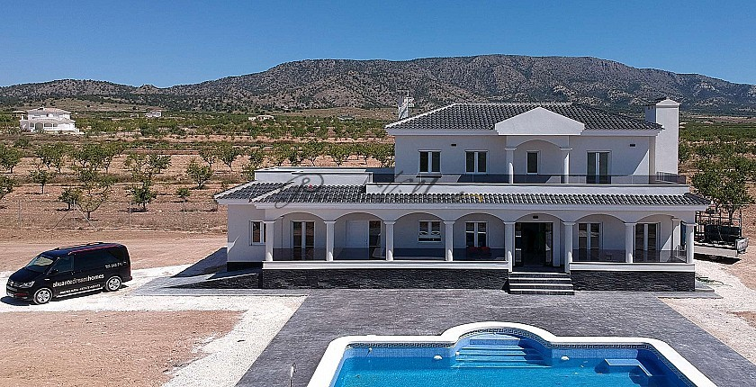New build villa's with wow!factor in Pinoso Villas