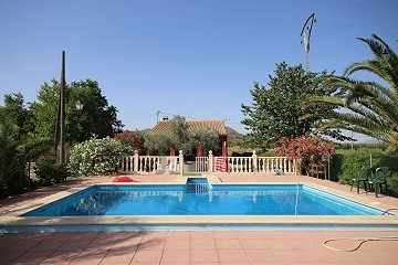 Detached Villa with a pool near Monovar and Pinoso