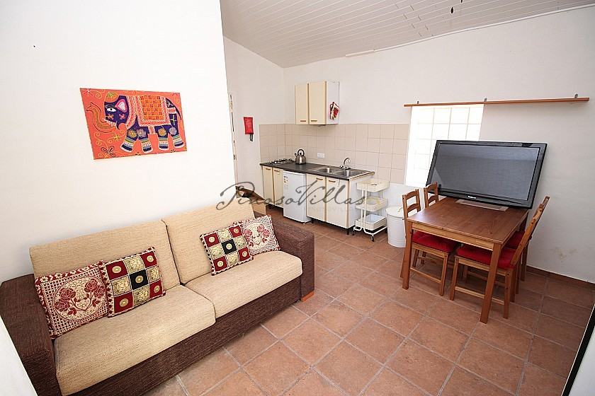 Yoga Retreat / Guest House 7bed 5bath 4kitchen in Pinoso Villas