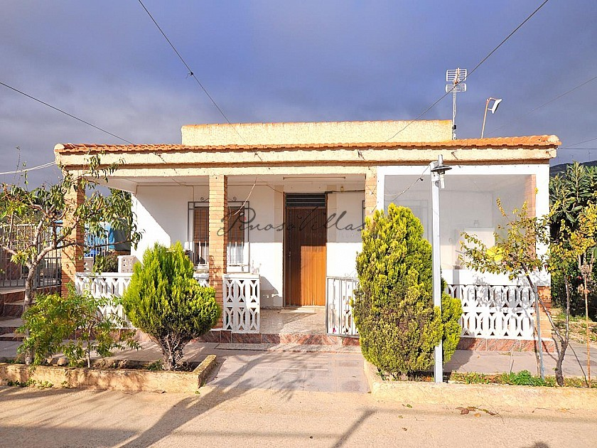Large 5 bed, 2 bath villa in Caudete  in Pinoso Villas