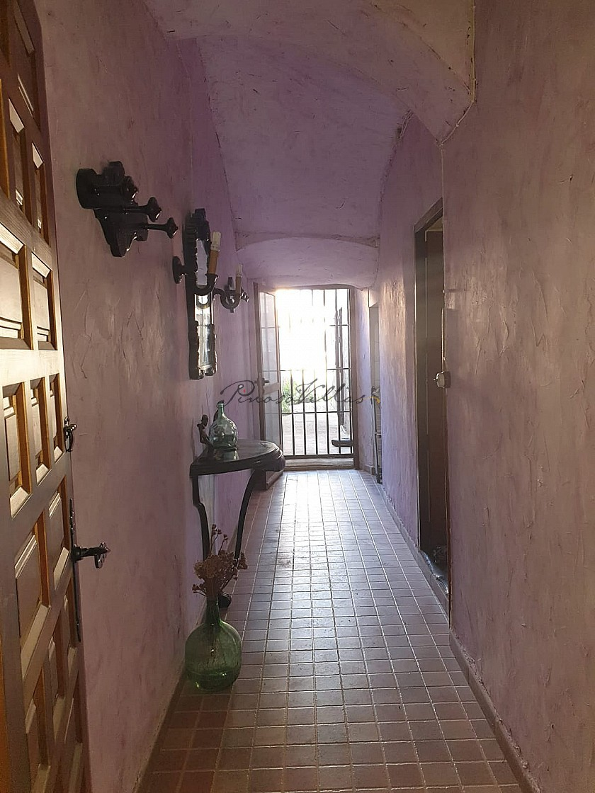 3 storey traditional country home in great condition  in Pinoso Villas