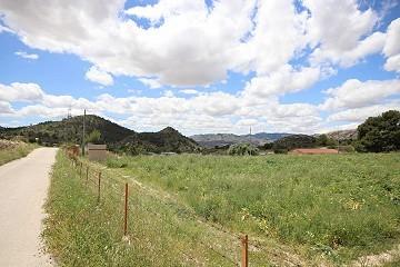Plot of land in Loma Bada, Alicante