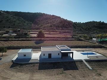 New build villa in Macisvenda with Pool & Garage