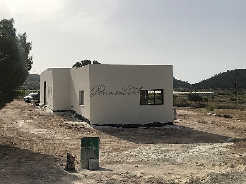 Villa for sale in La Romana, Alicante  in Pinoso Villas
