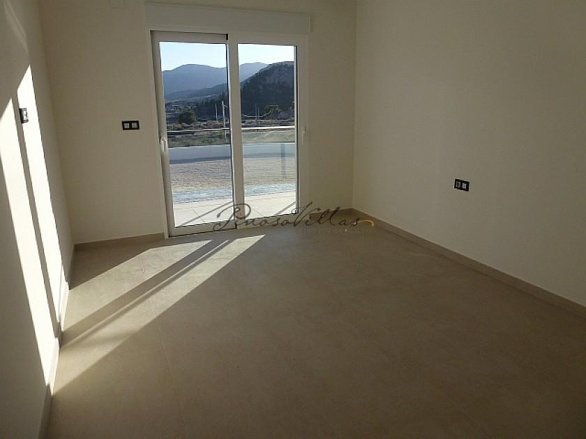 Villa for sale in La Romana, Alicante ready in a few Months  in Pinoso Villas