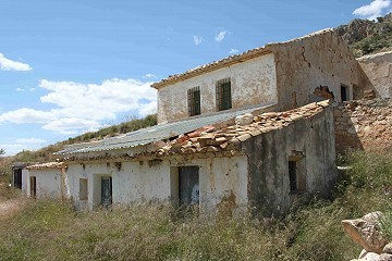 Parcel with reform/ruins in La Carche, Jumilla