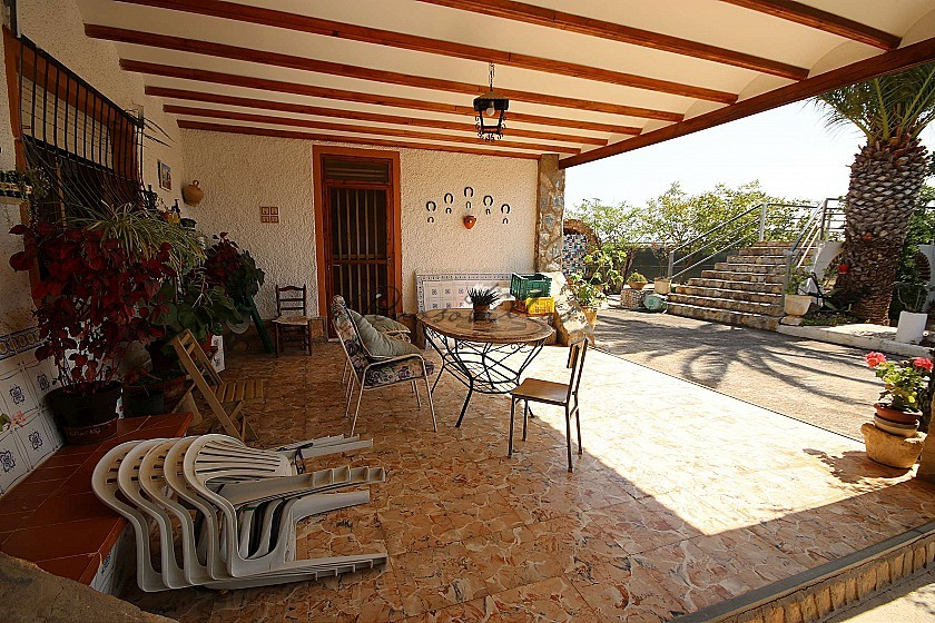Detached Villa close to town in Caudete in Pinoso Villas