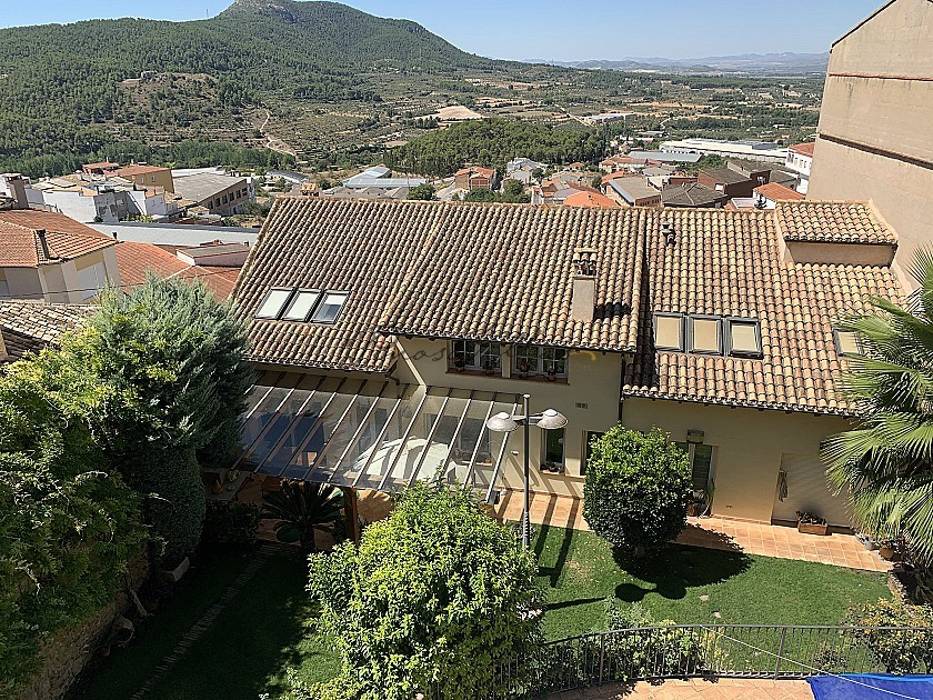 Large Town House with Pool and Garden in Pinoso Villas