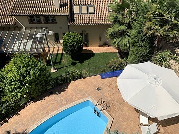 Large Town House with Pool and Garden