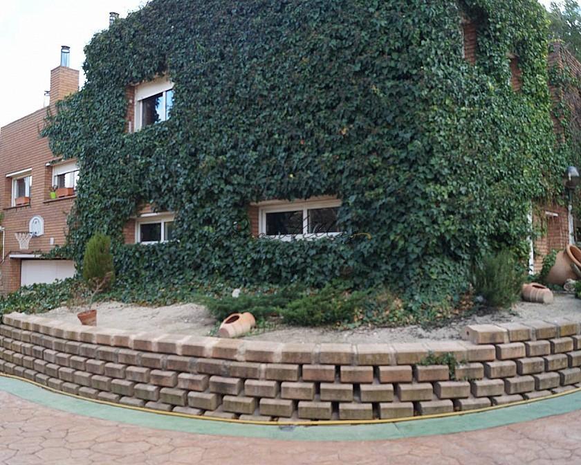 Huge Villa in Petrer with Pool in Pinoso Villas