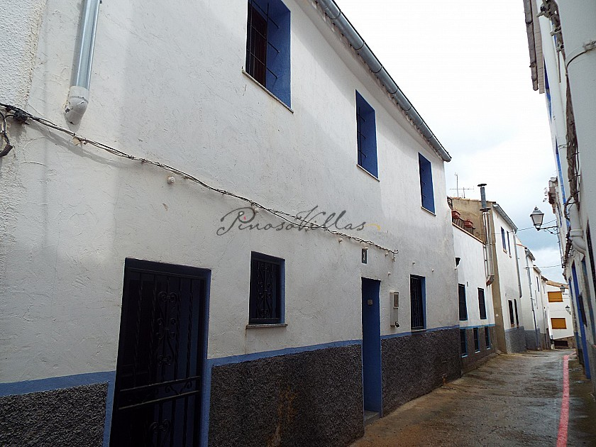 Lovely Town House in Pinoso Villas