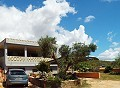 Country House with 3 Bedrooms, Apartment and Pool in Pinoso Villas