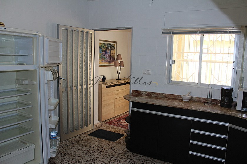 Pretty little house very close to the Fortuna thermal baths in Pinoso Villas