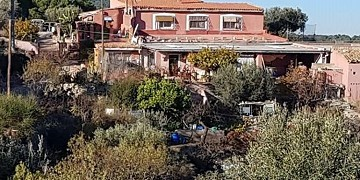 400m2 Mountain Retreat with Rent To Buy option
